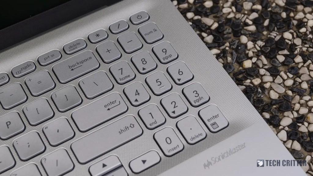 Review - ASUS VivoBook Ultra A512 45