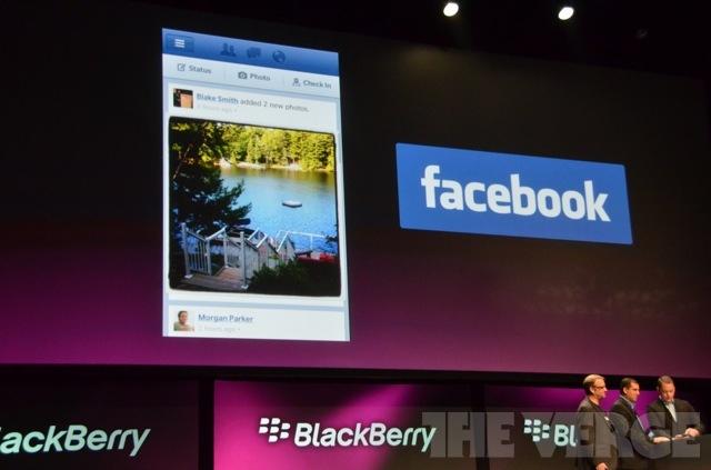 فيس بوك بلاك بيري