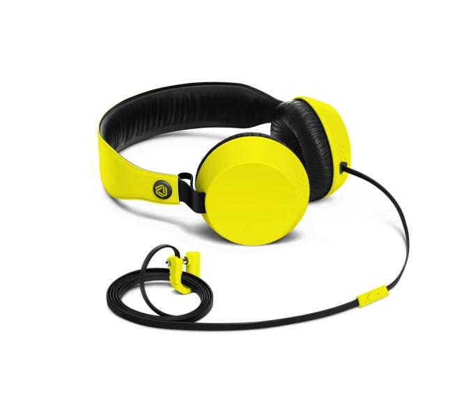 Coloud Boom Headphones أجهزة مايكروسوفت تطرح مجموعة من الملحقات في الشرق الأوسط