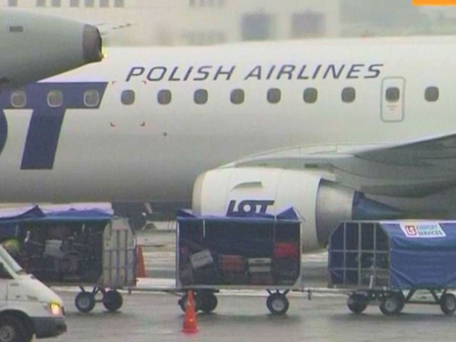 20150622-lot-polish-airlines
