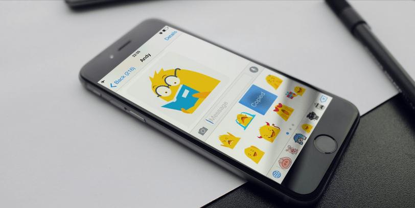 StiKey على iOS يتيح لك إضافة ملصقات على المحادثات في أي تطبيق