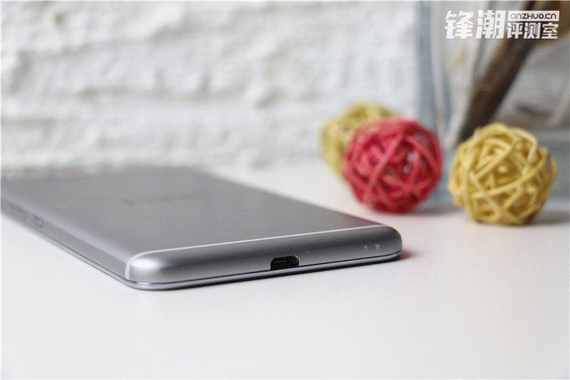 HTC-One-X9-photo-shoot-leak-2.0