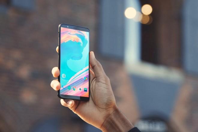 هاتف OnePlus 5T