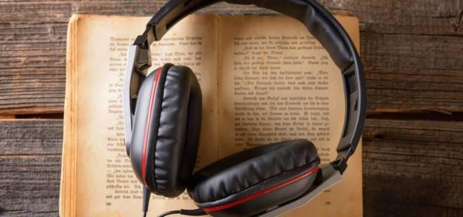 قوقل بلاي يحضّر لبيع الكتب الصوتية