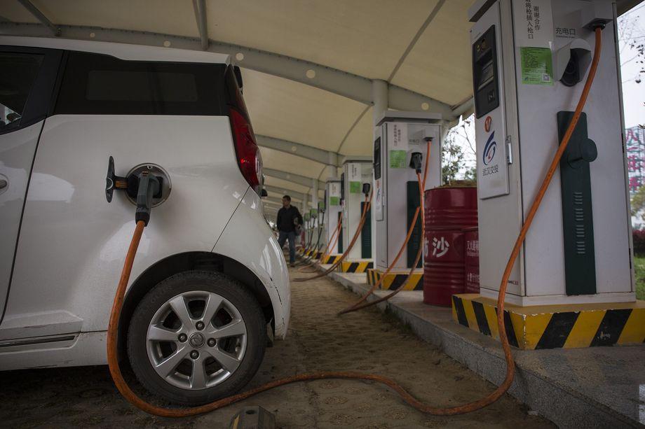 الحكومة الصينية تملك امتيازاً للوصول لبيانات الموقع للسيارات الكهربائية من مصنعيها