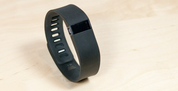 Fitbit_Charge_tech365nl_001