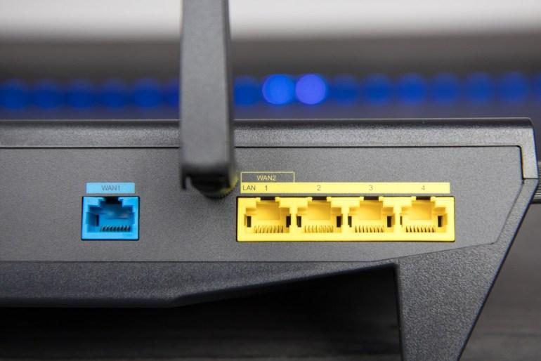Synology RT2600ac MR2200ac tech365nl 006