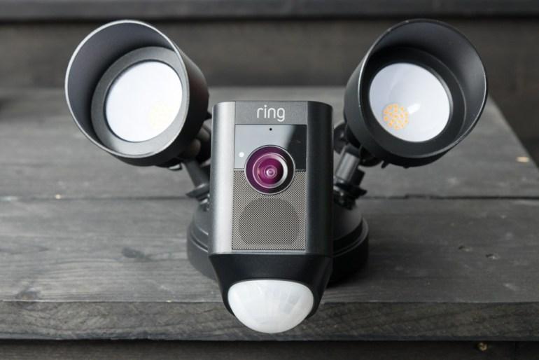 Ring Floodlight Cam tech365nl 007