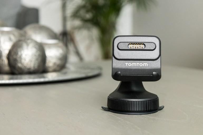 TomTom Go Premium tech365nl 006