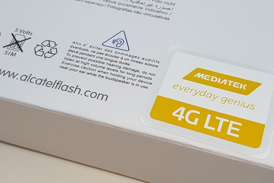Alcatel Flash 2 Smartphone Box