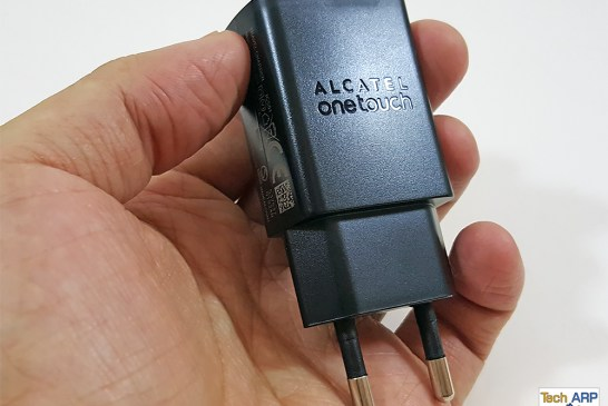 Alcatel Flash 2 travel charger