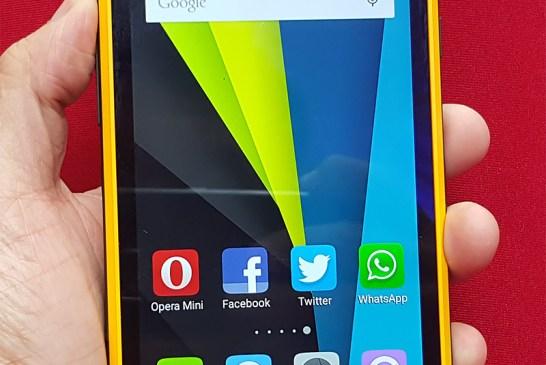Kenxinda Flattop W8 smartphone