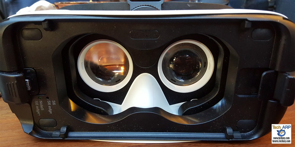 First Gear VR Experience With Samsung Galaxy S7 edge