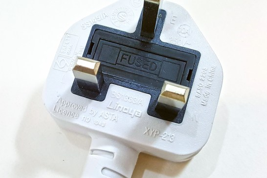 Huntkey SZN507 Power Strip Plug Head