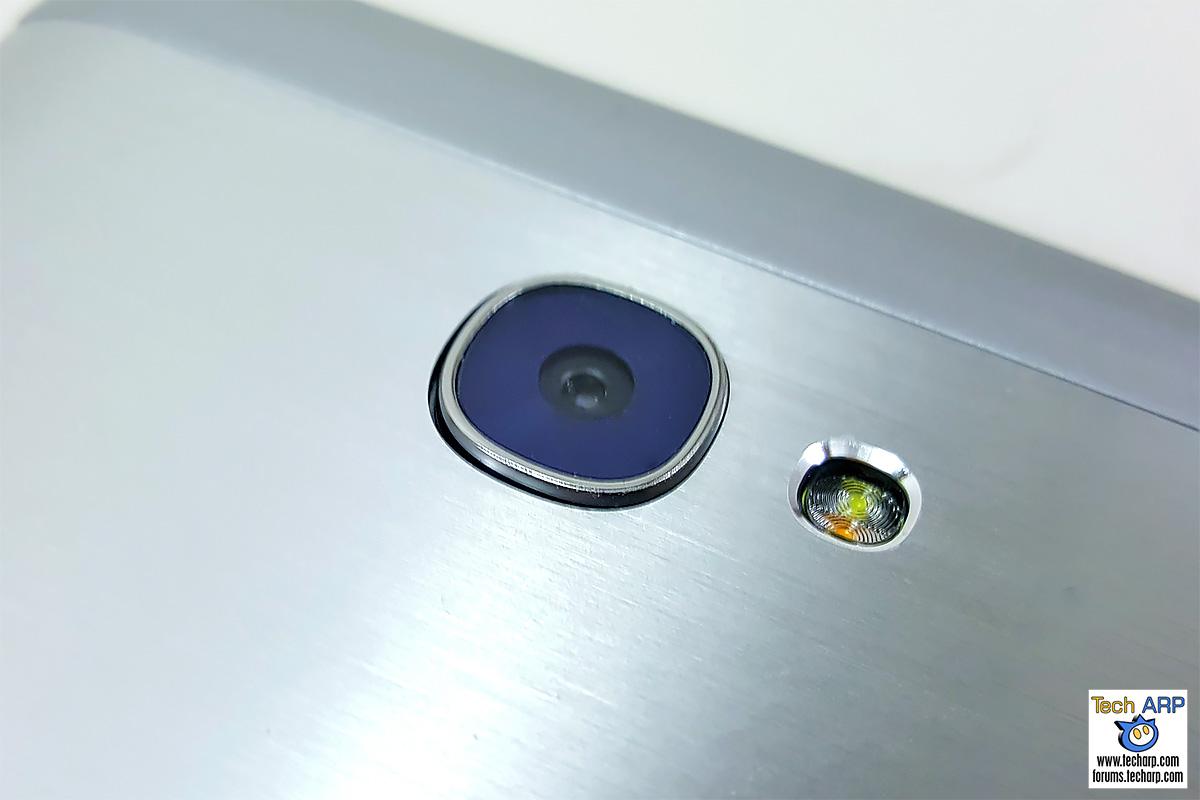 Flash Plus 2 camera - rear