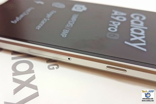 Samsung Galaxy A9 Pro right