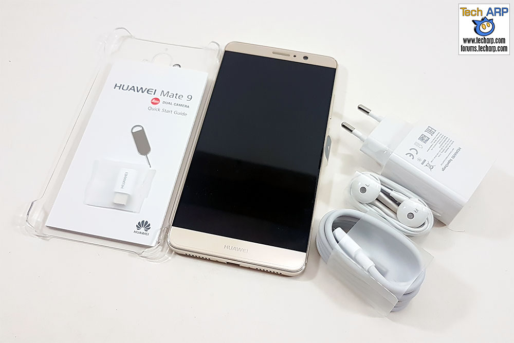 The Huawei Mate 9 box contents