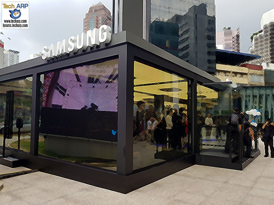 The Samsung Studio KL Is Awesome! Catch It Before It's Over!