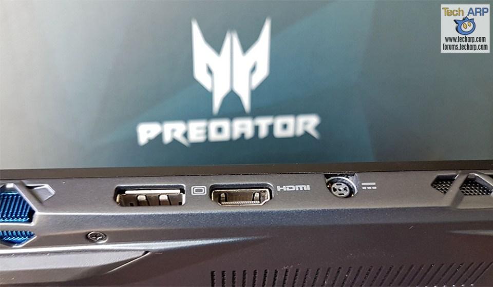 Acer Predator Triton 700 ports - back