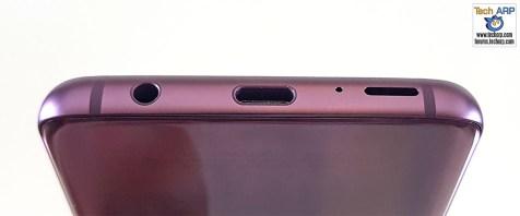 Samsung Galaxy S9 bottom