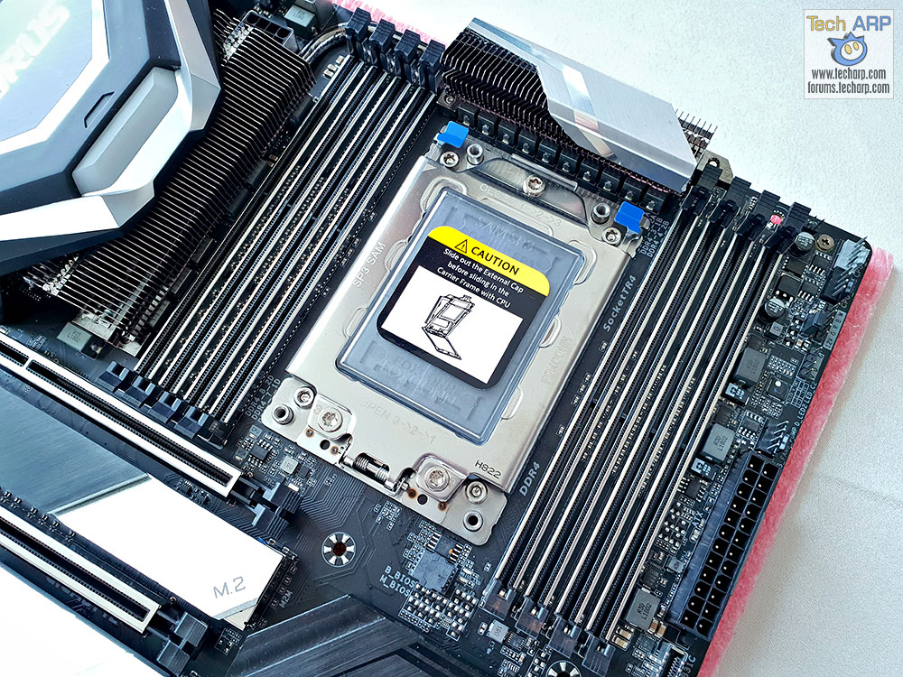 GIGABYTE X399 AORUS Xtreme Motherboard Preview