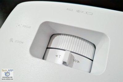 BenQ TK800 zoom focus dials