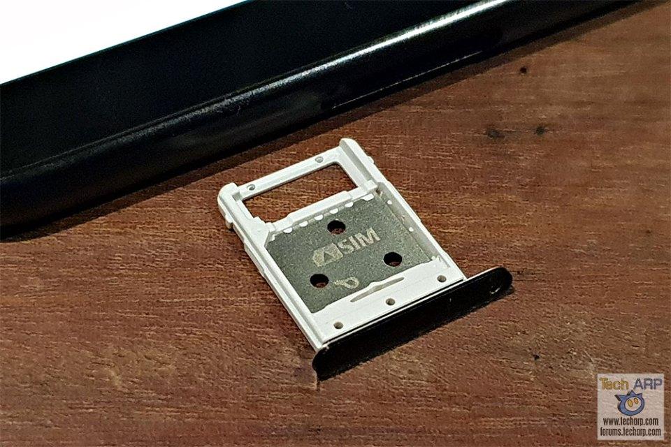 Samsung Galaxy Tab S4 microSD tray