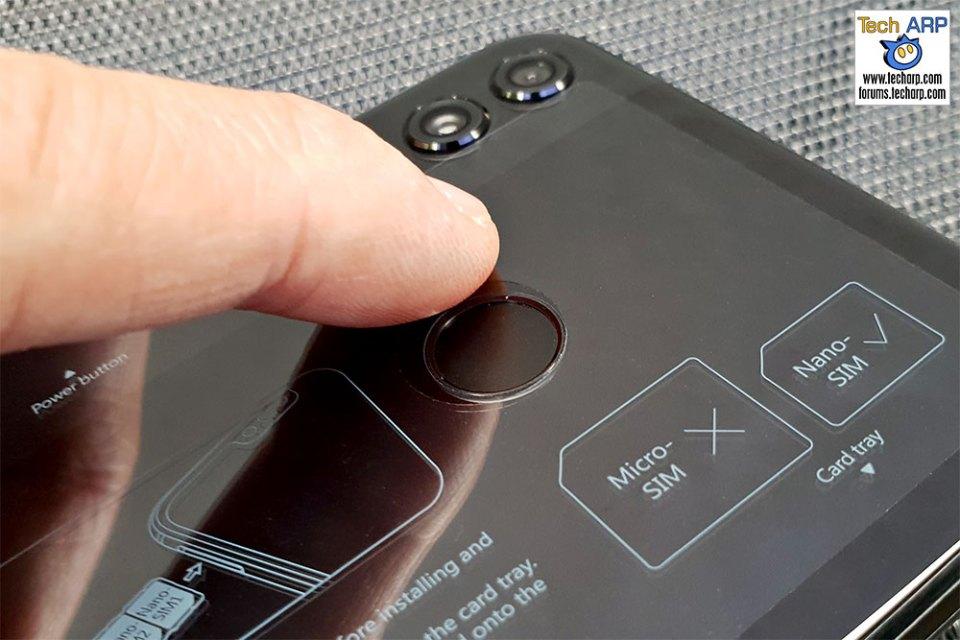 Honor 8X fingerprint sensor