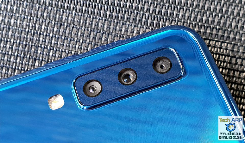 Samsung Galaxy A7 2018 triple cameras