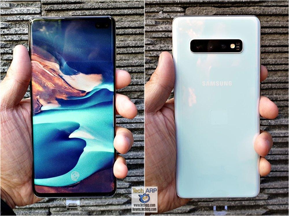 Samsung Galaxy S10 Plus in hand