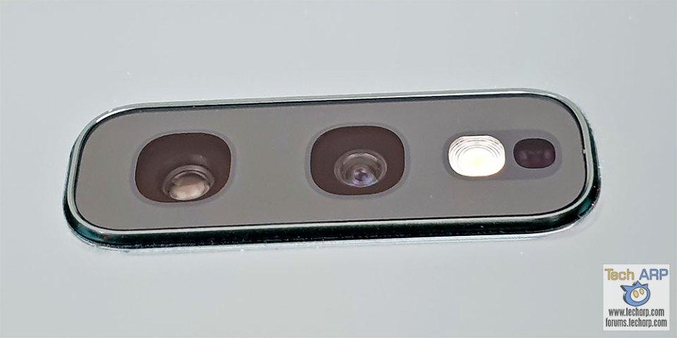Samsung Galaxy S10e rear cameras