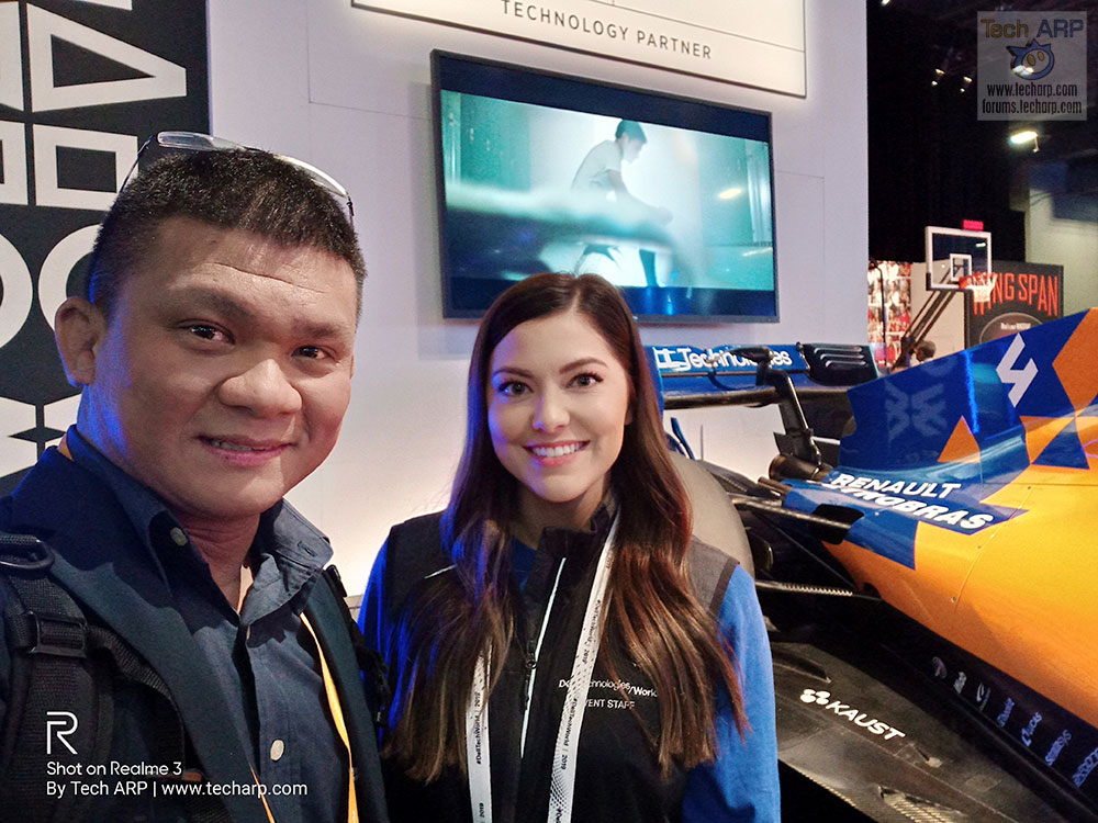 Realme 3 Las Vegas selfie with Stephanie Silva of McLaren