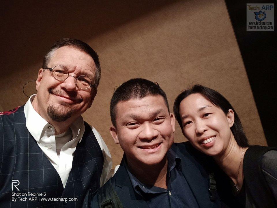 Realme 3 Las Vegas selfie with Penn Jillette