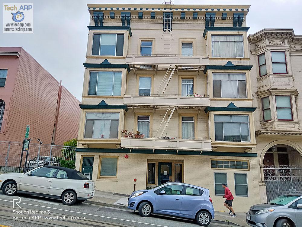 Realme Chroma Boost San Francisco building sample