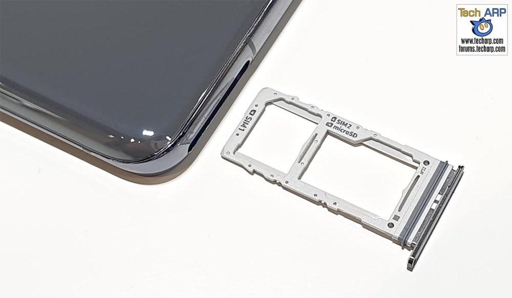 Samsung Galaxy S20 Ultra hybrid SIM tray