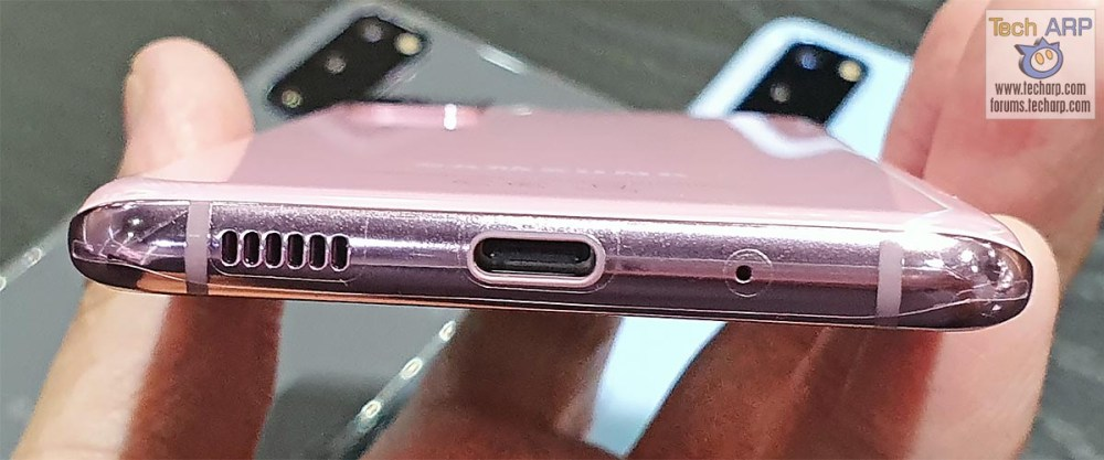 Samsung Galaxy S20 bottom