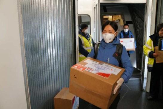 China medical aid to UK 02