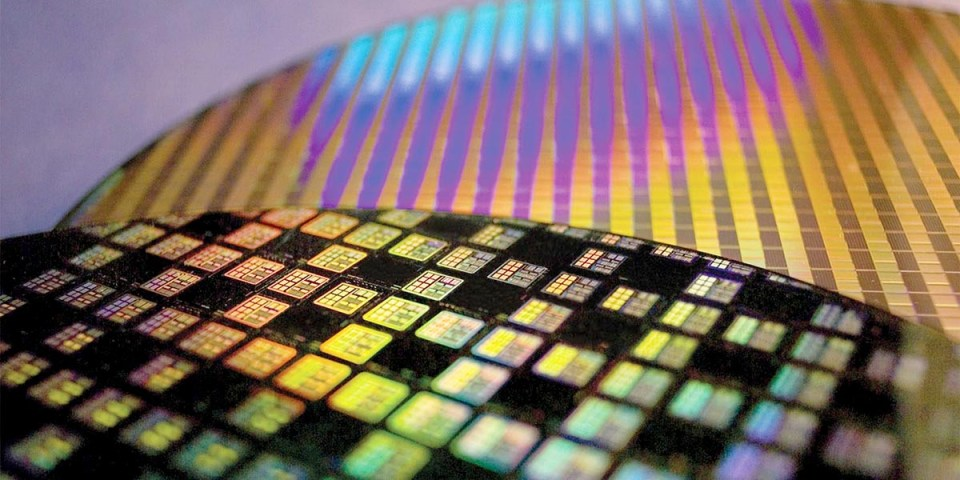 Fact Check : AMD Ryzen 4000 (Zen 3) on TSMC 5nm Process?