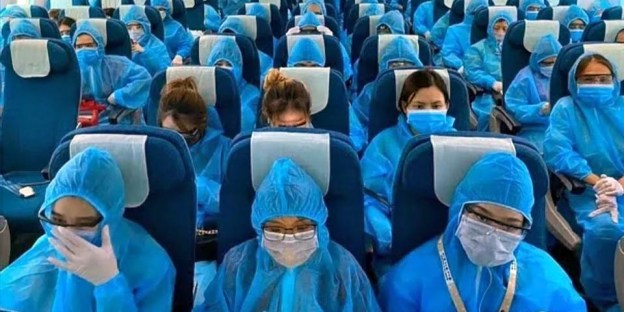 Fact Check: Changi Airport Passengers Must Wear PPE Suits?