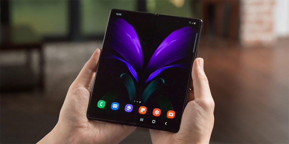 Samsung Galaxy Z Fold 2 Preview : Unboxing + Hands-On!