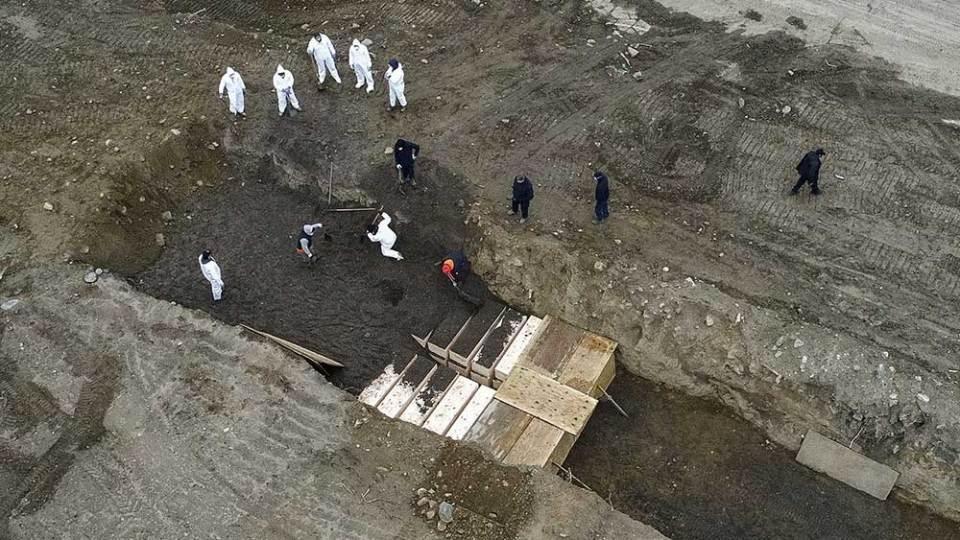 COVID-19 mass grave Hart Island