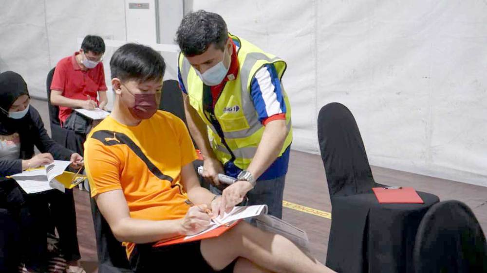 Bukit Jalil Stadium Vaccination Centre : Video + Picture Guide!