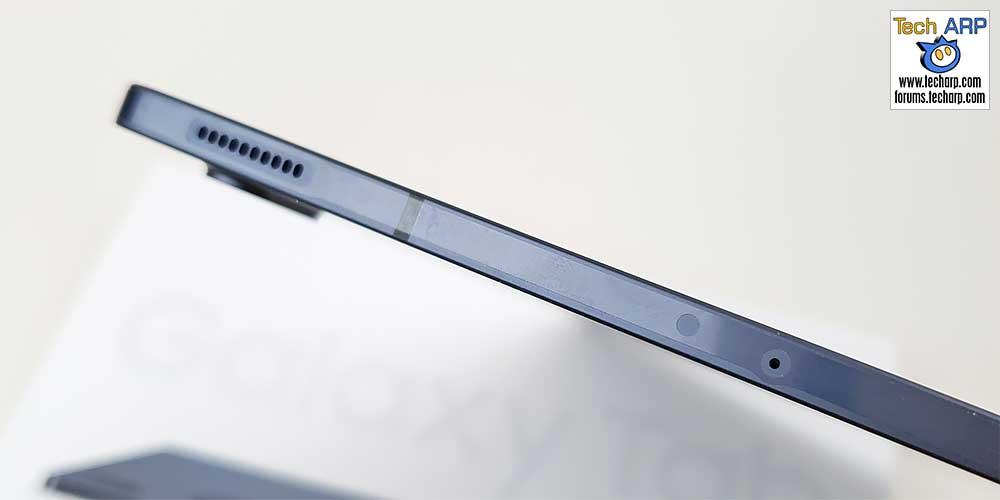 Samsung Galaxy Tab S7 FE left side
