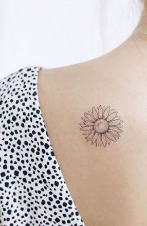 Sunflower tattoos ideas for women (16)