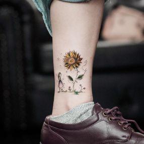 Sunflower tattoos ideas for women (4)