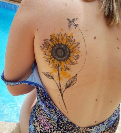 Sunflower tattoos ideas for women (57)