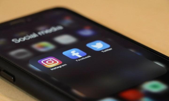 social media instagram facebok twitter