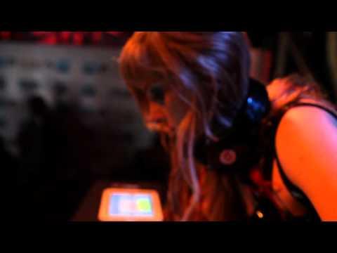 How does Rana June DJ using her iPad?