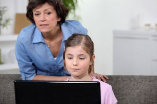 Kids Online: Parental Filtering and Monitoring Software