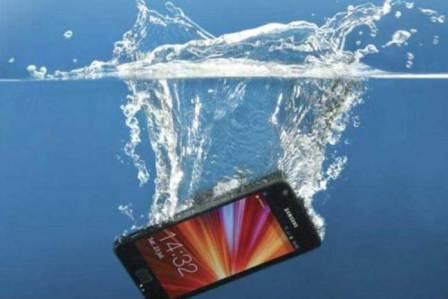 Three Excellent Waterproof Smartphones To Consider